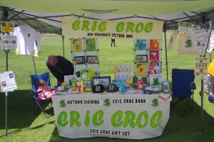 Cric Croc stall at Thornlie Markets. Lovely day, delightful crowd.