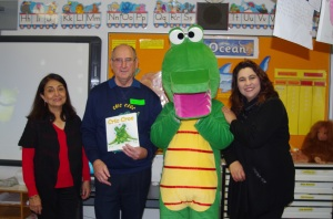 Staff at Parkwood PS thank Cric Croc and author for visiting. The students learnt lots and had a fun time.